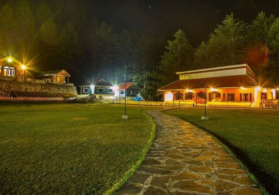 Shogran Pine park hotel on Naran tour package